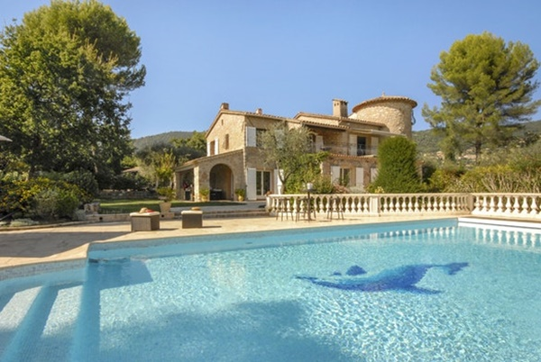 splendid Cannes Villa des Dauphins luxury apartment and holiday home