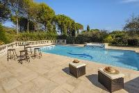 cool swimming pool of Cannes Villa des Dauphins luxury apartment