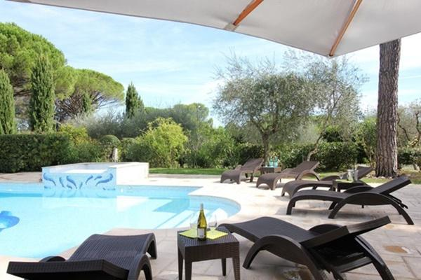 beautiful Cannes Villa des Dauphins luxury apartment and vacation rental