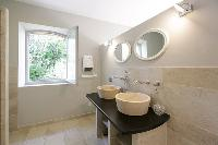 elegant lavatory in Corsica - Villa Agata luxury apartment