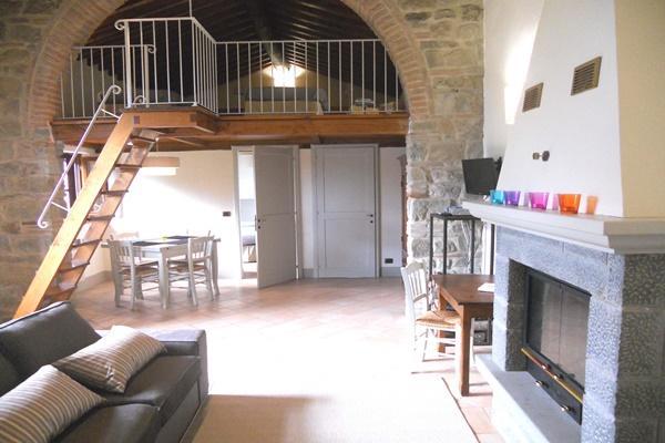 spacious Tuscany - Fonte al Vento Orangery luxury apartment