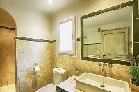 elegant toilet and bath in Corsica - Villa Dominique luxury apartment