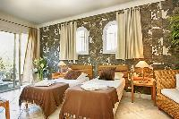 charming twin bedroom of Corsica - Villa Dominique luxury apartment