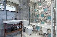 fascinating bathroom with tub in Cannes Starlette IV Apartment luxury home